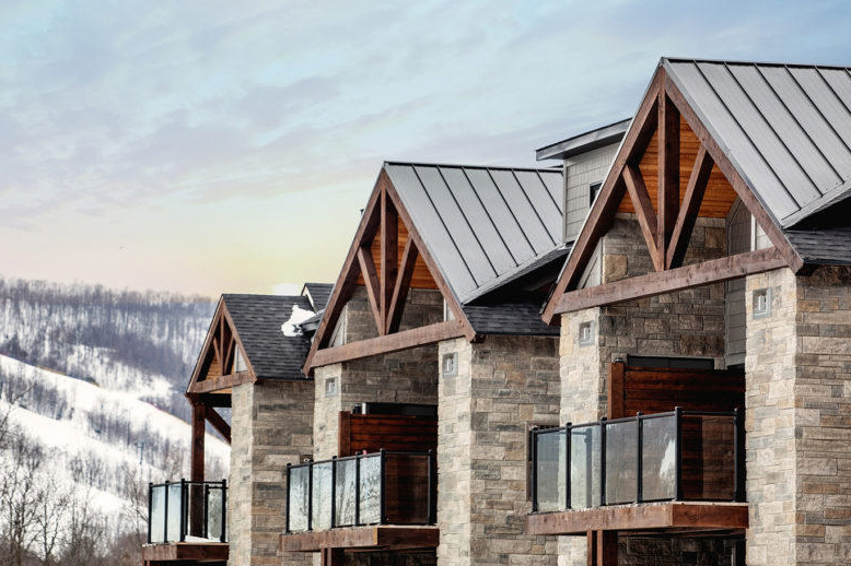 Condos ate Mountain House at Windfall - Georgian International Real Estate Group